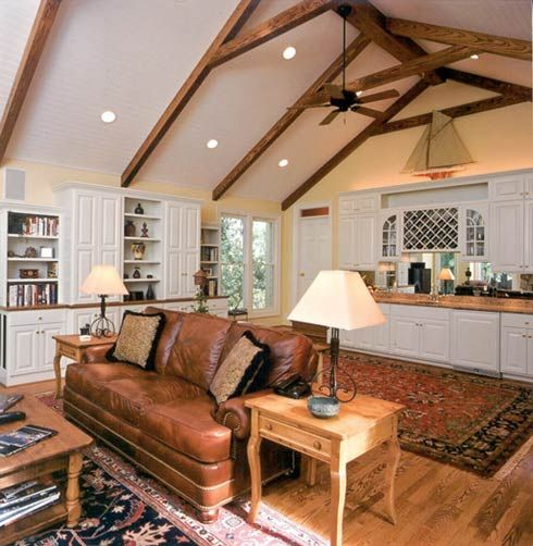 Best 25 cathedral ceilings ideas on pinterest for Vaulted ceiling with exposed trusses