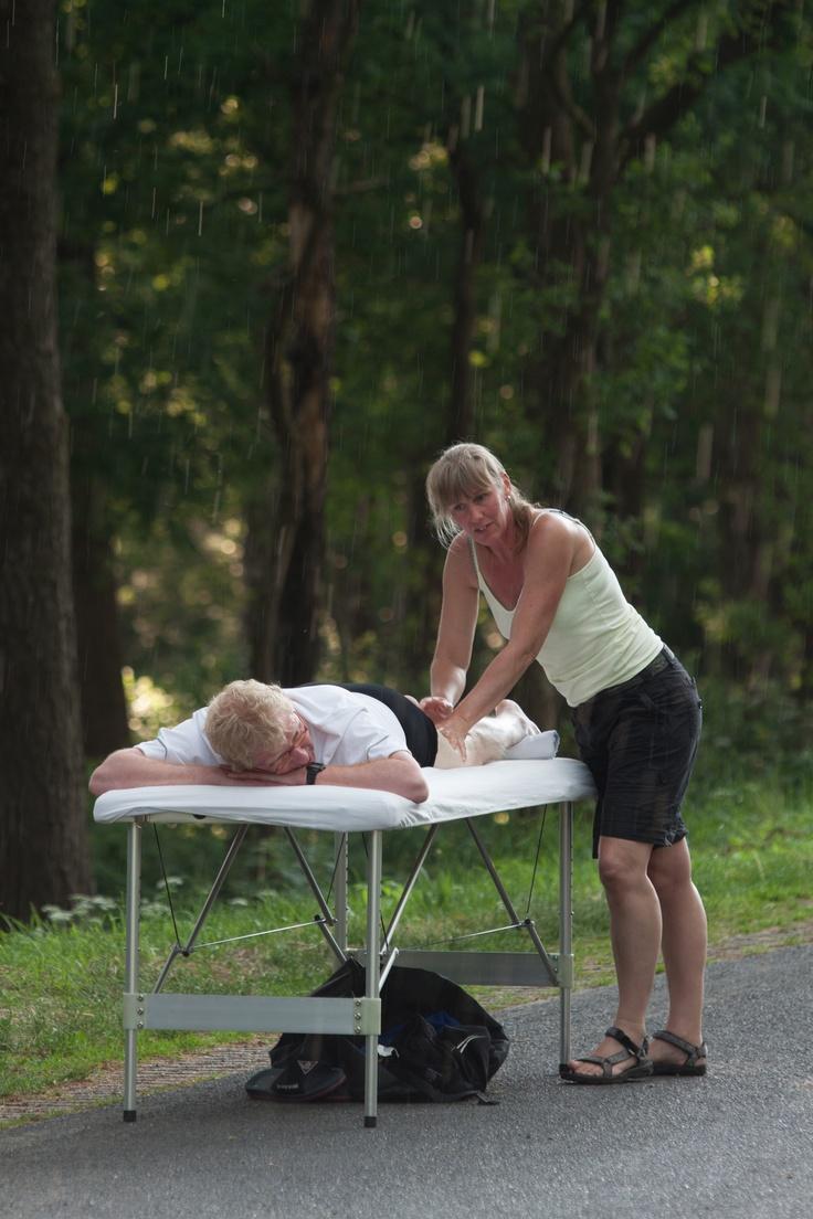 Roparun 2012 - massage onderweg