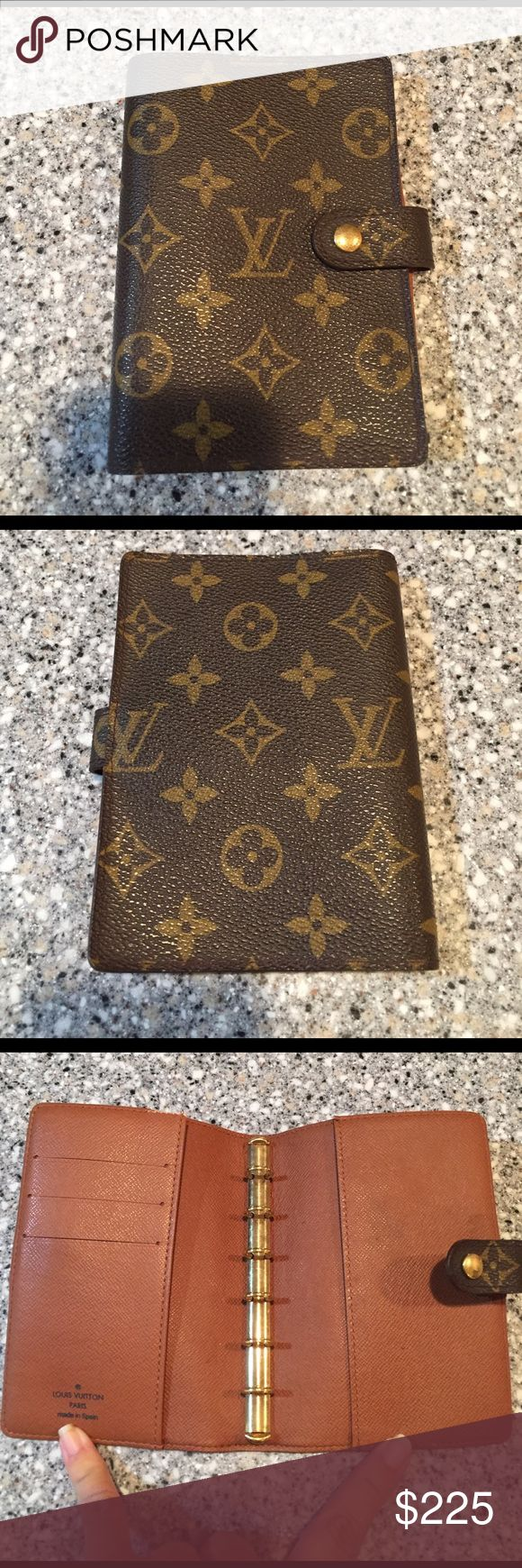 Louis Vuitton Day Planner Agenda Used and authentic. Louis Vuitton Agenda in monogram. Exterior canvas is in perfect condition. Corners show no signs of wear. Only issues are the 2 shown in the pix. Great item. I don't trade ever. And not looking for lowball offers. Louis Vuitton Bags