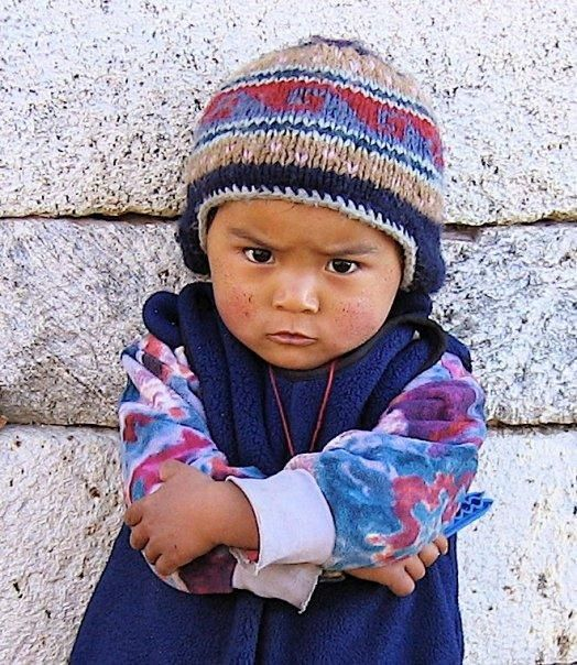 Fierce--Sherpa child © Rene Ghilini                                                                                                                                                                                 Más