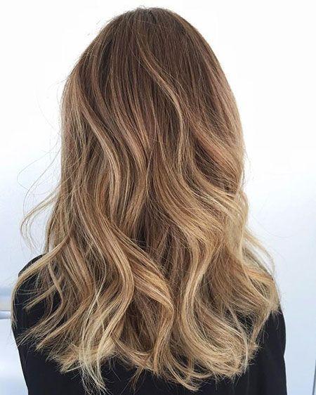 Blonde braune Haarfarbe