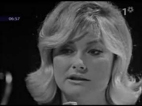 Monica Zetterlund, internationally acclaimed legendary Swedish jazz singer, live on Swedish television 1968. What a voice!