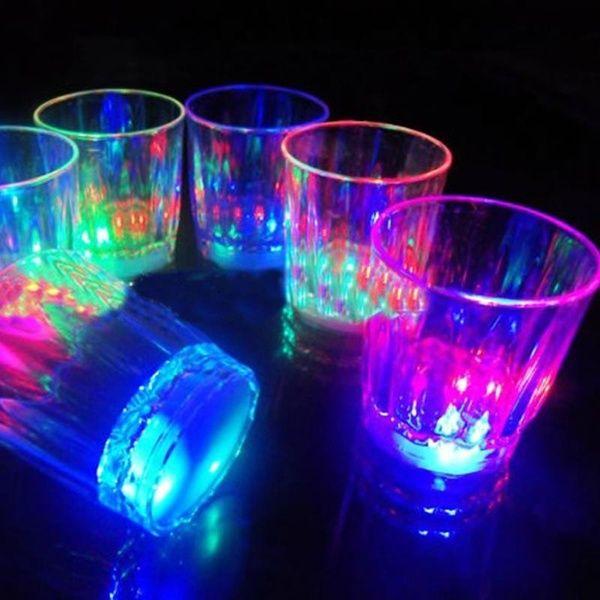 10 Stück Flasche LED Lichter Bar Club Party Vase Drink Cup Glow Decoration Mini