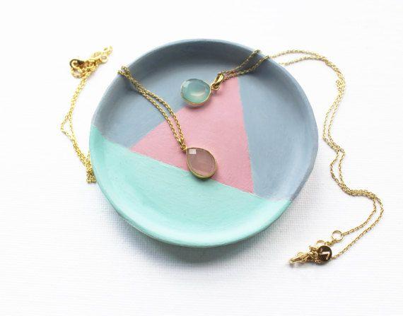 Geometrica anello piatto, piatto Trinket verde menta rosa pallido, anello piatto, piatto Trinket, argilla anello piatto, piatto di gioielli, pastello piatto, geometrico