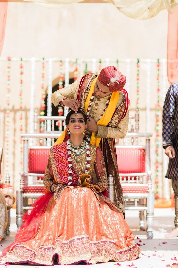 Check our exclusive Indian Bridal Expo this 18th & 19th Feb @hiltonlondonmetropole  Photo by Maria Rao Photography   #weloveweddings #algarveweddingplanners #thevows