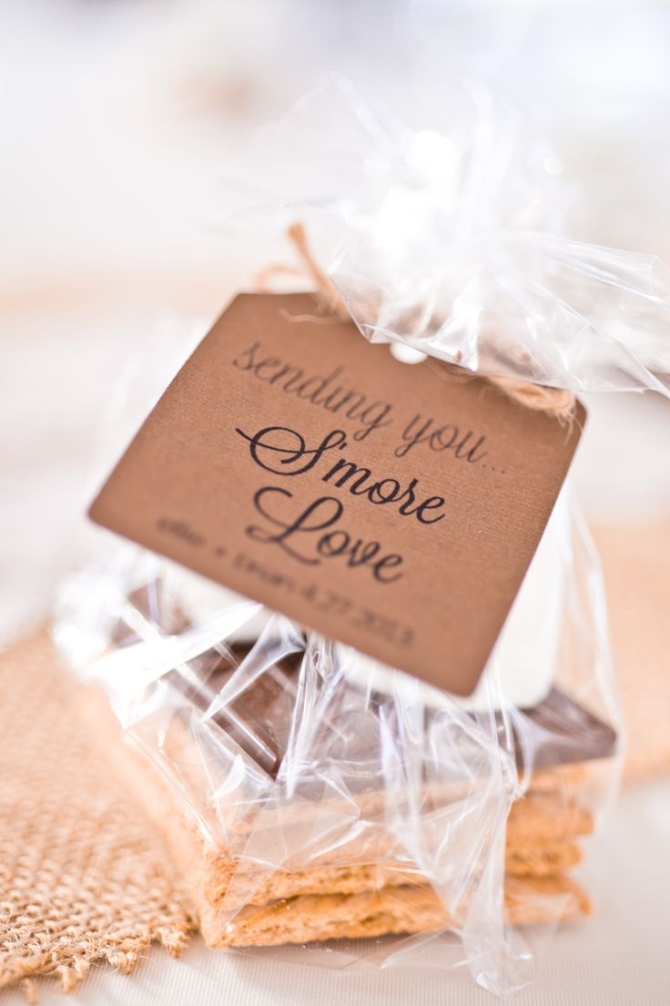 What are some budget friendly wedding favor ideas? | Photo: Lauren Brimhall Photography