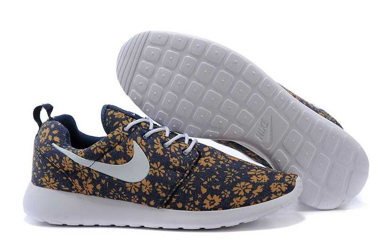 Black Friday - Nike Roshe Run Floral Trainers Ladies Blue White