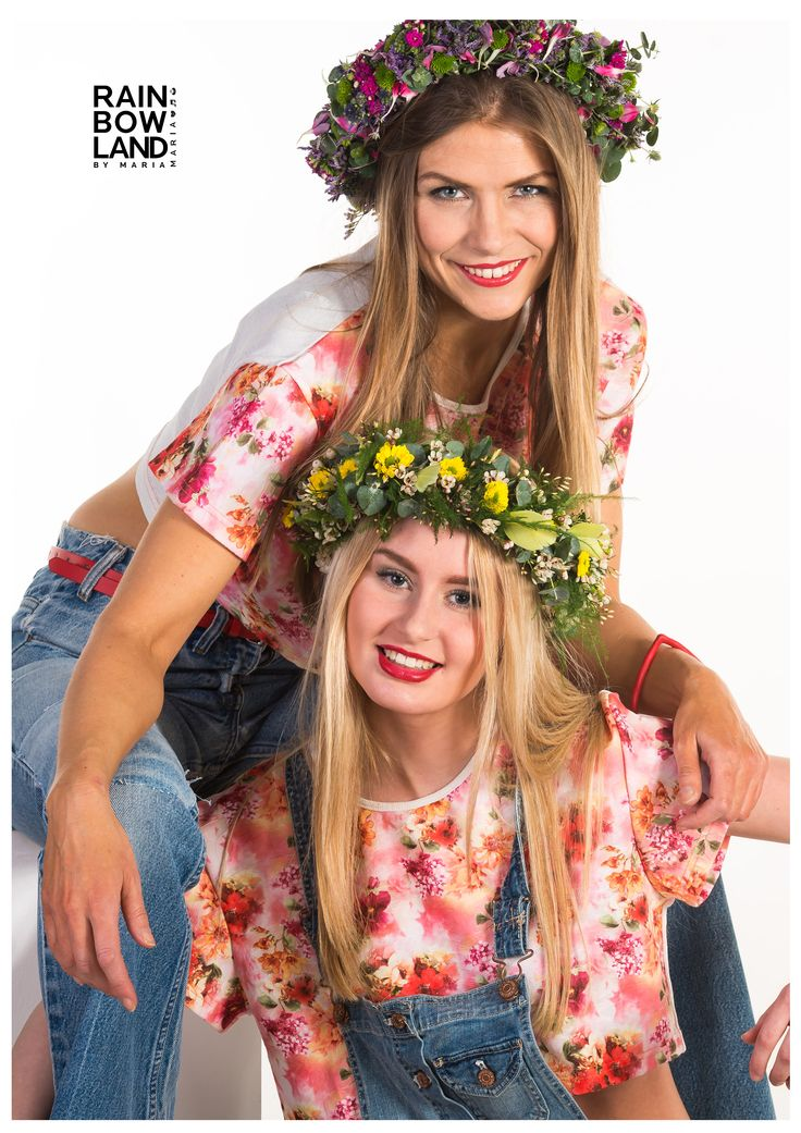 #cropped #top #flowerpower designed by RainbowLand by MARIA MARIA Limited edition (4pcs) FInd it here on the #webshop  http://www.rainbowland.dk/shop/cropped-top-flower-power #fashion #love #flowers #flowerdecoration #models #blode #brunette #young #older #jeans #joy #music WWW.RAINBOWLAND.DK MARIA MARIA MUSIC Munni Records
