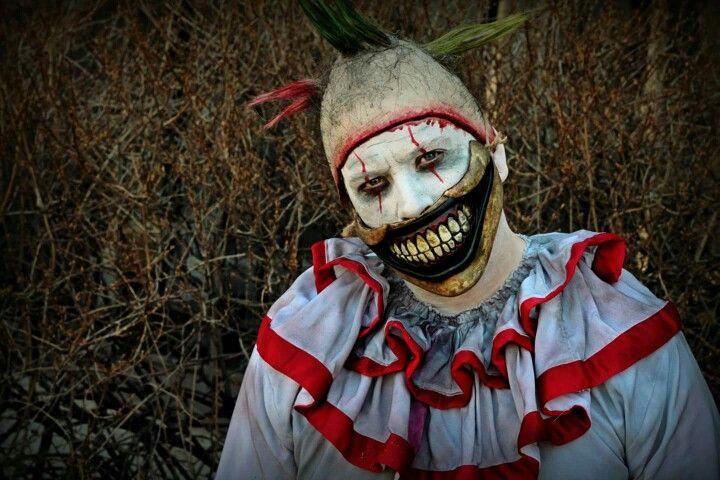 Twisty the clown by Rusty Sinner FX