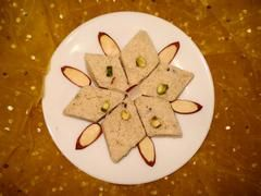 Suji Ka Khushk Halwa (Dry Halwa) on Foodista