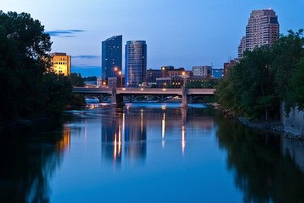 Grand Rapids, MichiganGrand Rapids, MI combines the best in big city sophistication with plenty of green space to spread out and relax. The city, which is sometimes referred to as 'Michigan's West Coast' is located along the banks for the Grand River. It is approximately 30 minutes from Lake Michigan, the fifth largest fresh water lake in the world. Check out why we love the Grand Rapids! http://www.dalesiegel.com/2012/07/are-you-thinking-of-living-in-grand-rapids-mi/