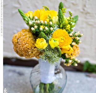 A family friend created Marissa's ranunculus and ornithogalum bouquet.