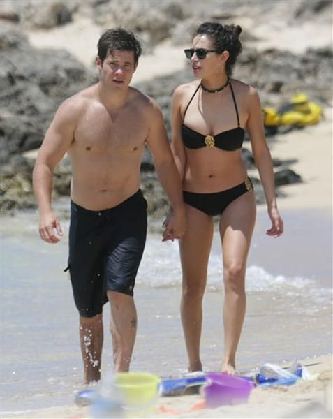 """Pitch Perfect 2"" star Adam DeVine and his girlfriend, ""Pretty Little Liars"" actress Chloe Bridges"