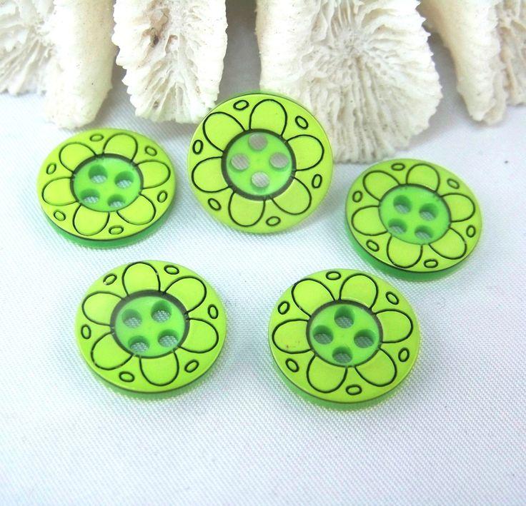6 Boutons en plastique vert et noir, fleur- 16 mm-BOU490 - layette, enfants, carterie : Boutons par kersidan