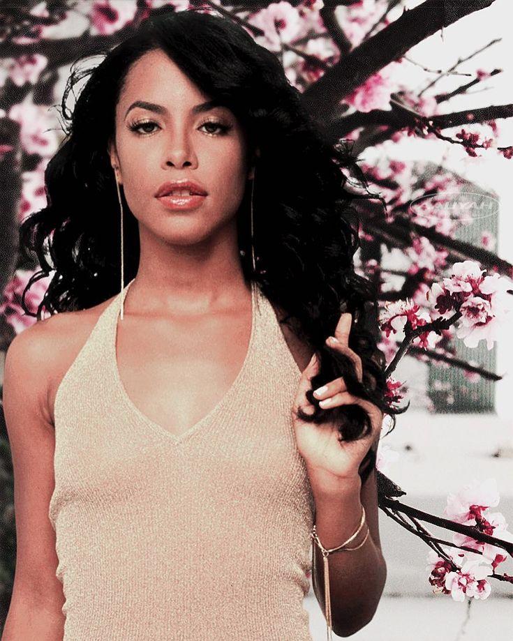 """1,066 Likes, 10 Comments - AaliyahAlways (@aaliyahalways) on Instagram: """"Queen.  #Aaliyah"""""""