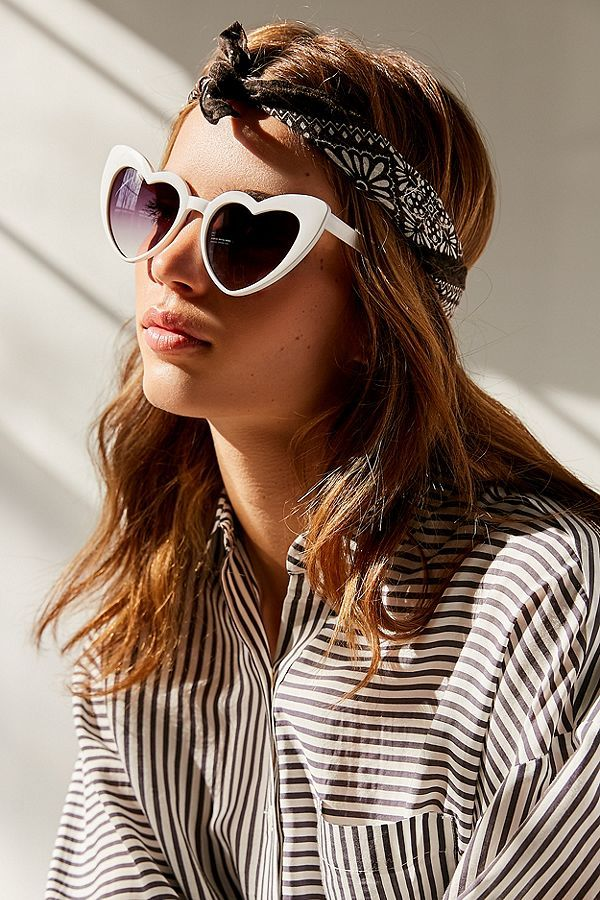 a173c686c9ff Slide View  1  Two Of Hearts Cat-Eye Sunglasses