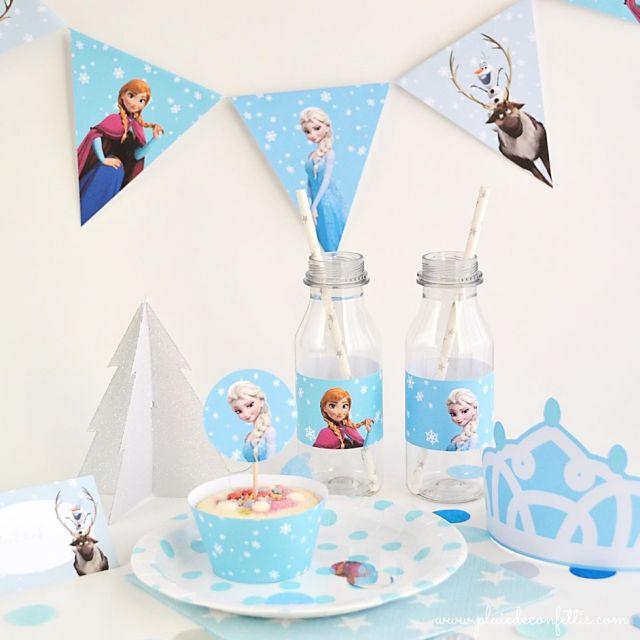 ¿Quieres organizar un cumpleaños Frozen? Aquí encontrarás unas preciosas decoraciones de fiesta a imprimir gratis para preparar una fiesta mágica!
