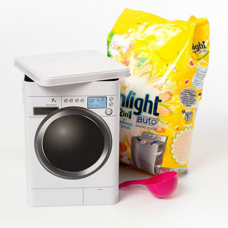 The washing powder tin makes it easy to organise your laundry. Plastic handle convenient to carry tin around.