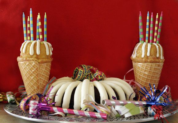 Ice Cream Cone Bundt Cakes | Featured on Addieandcassie.com