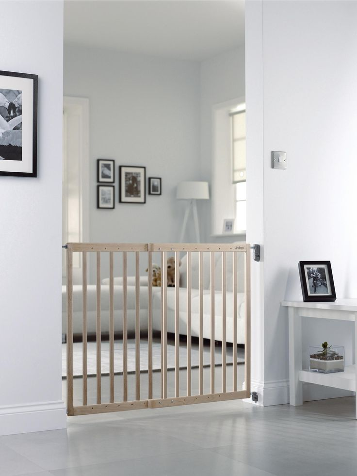 The stylish and versatile Lindam Wooden Extending Safety Baby Gate is made of natural hardwood. Enjoy peace of mind in your home, safe in the knowledge that your little one can't go exploring in places in your home where they shouldn't be. With plenty of jobs to get on with around the house, parents can use safety gates to keep their child away from the temptation of the stairs or those fascinating kitchen cupboards!A sturdy safety gate also removes the risk of older children falling ...