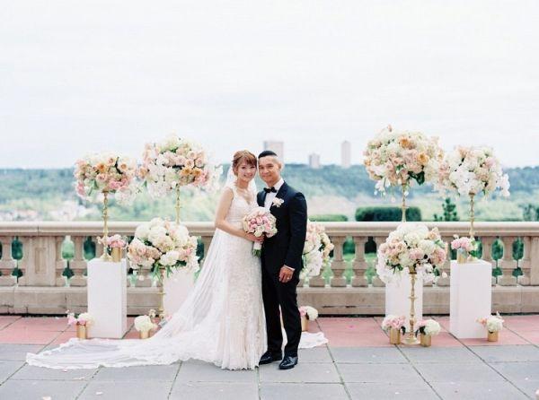 Rooftop Edmonton wedding | Milton Photography on @myhotelwedding via @aislesociety
