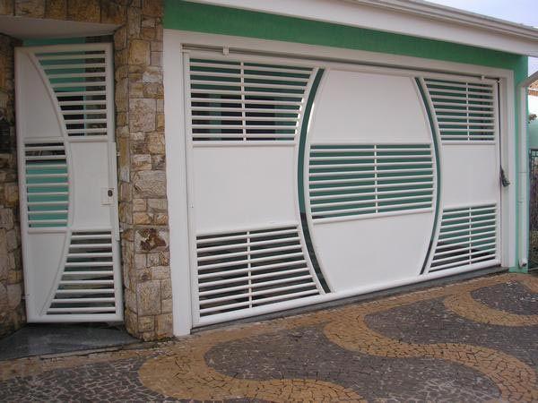 Portão Basculante de Garagem                                                                                                                                                                                 Mais