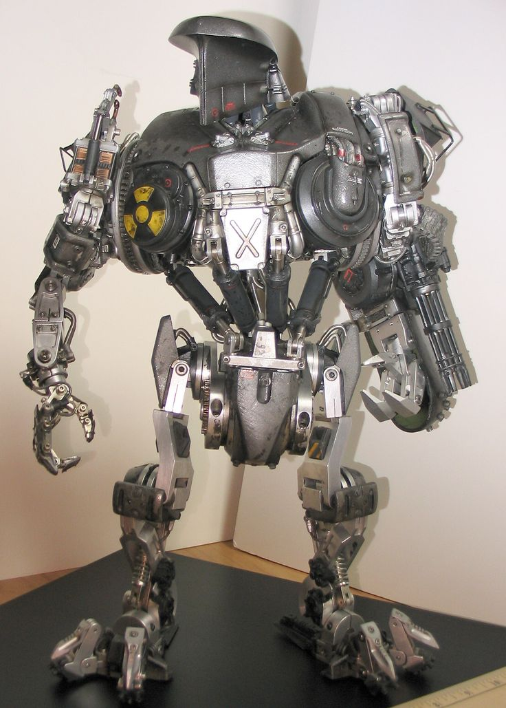 More very cool photos of this- http://www.britmodeller.com/forums/index.php?/topic/54507-robocain-robocop-2/