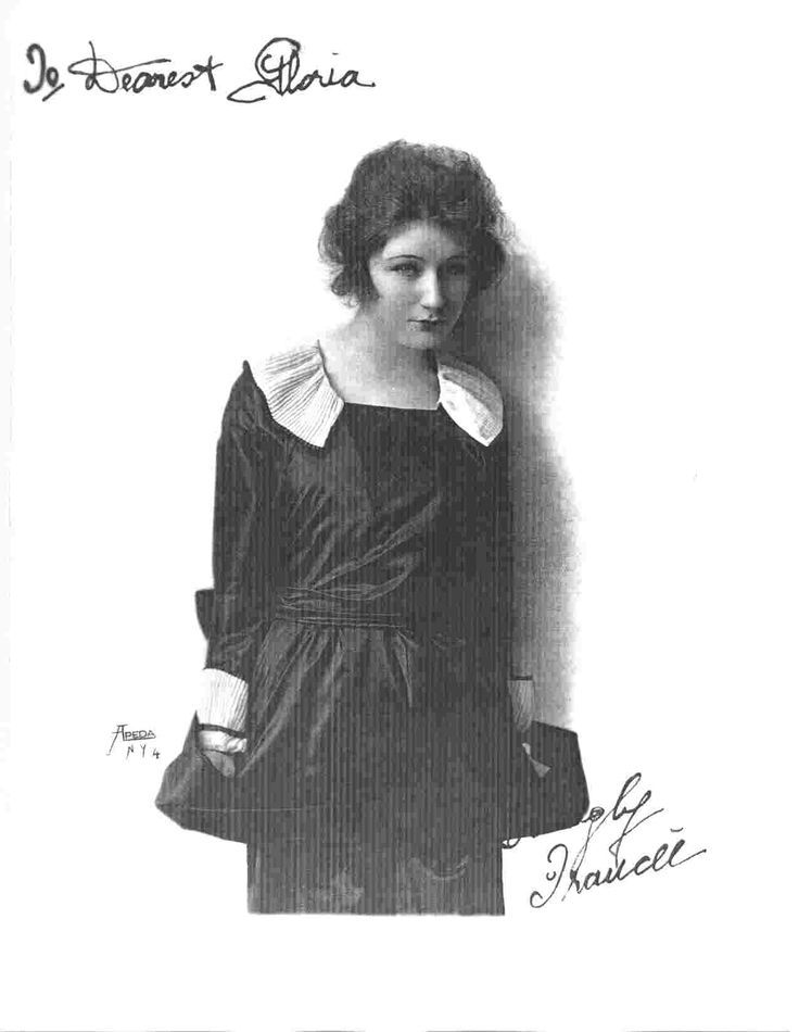 Judith Anderson in 1918. Courtesy Special Collections, University of California, Santa Barbara. Taken from, Impact of the Modern: Vernacular Modernities in Australia 1870s-1960s Edited by Robert Dixon and Veronica Kelly.