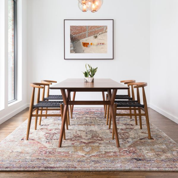 Rug In Dining Room: 1000+ Ideas About Dining Room Rugs On Pinterest