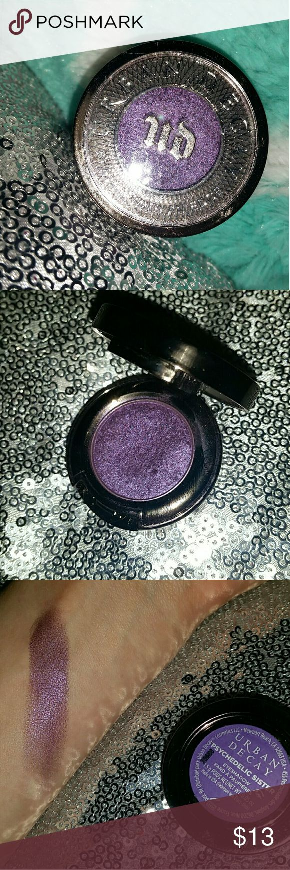 💎 Urban Decay • Psychedelic Sister 💎🌼 Single shadow. Used once for a concert but dont have the box. Shade is PSYCHEDELIC SISTER 💜💜 Urban Decay Makeup Eyeshadow