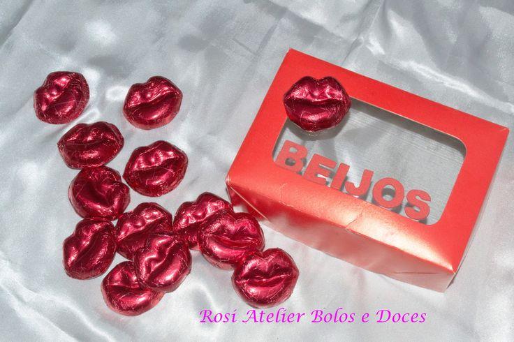 Caixa presente beijos de chocolate | Rosi Atelier bolos e doces | Elo7
