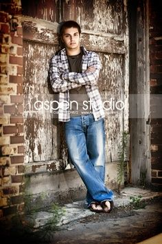 Senior Picture Ideas for Guys | Senior Photography | senior pictures guys - Google Search