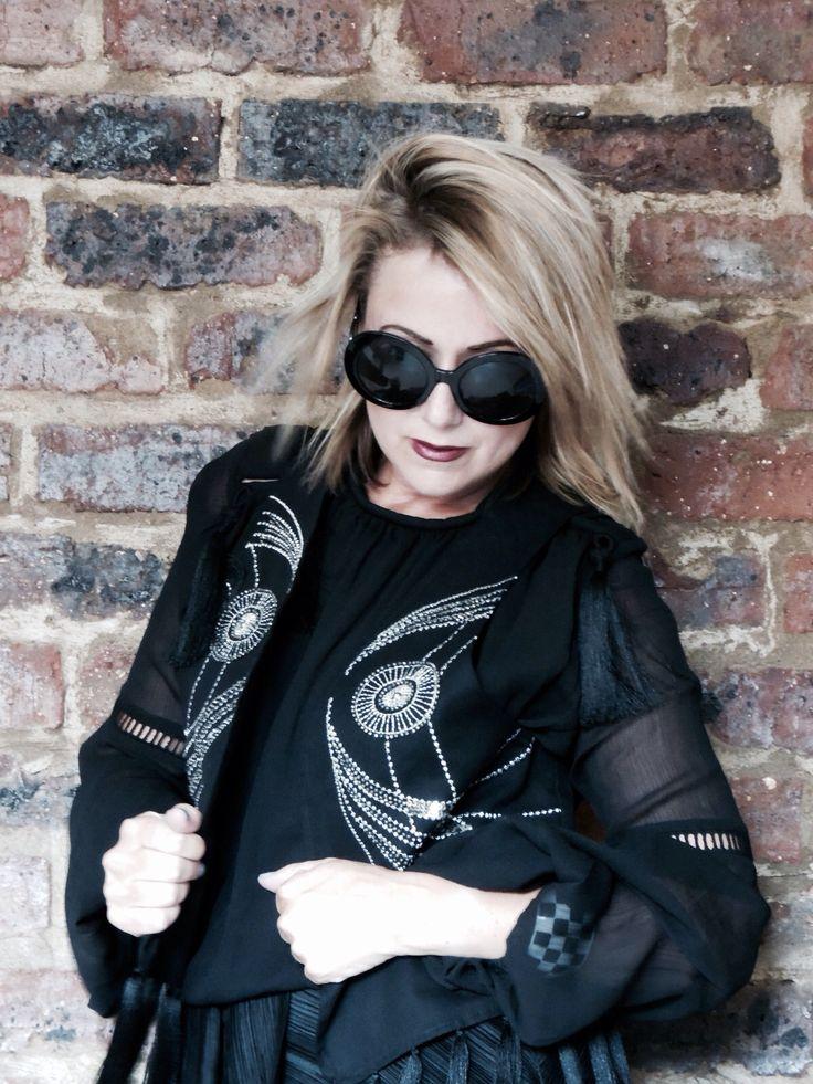 Bellaandblue.co.za belinda.clutterbox@gmail.com Sleeve season Follow us fashion trends 2016