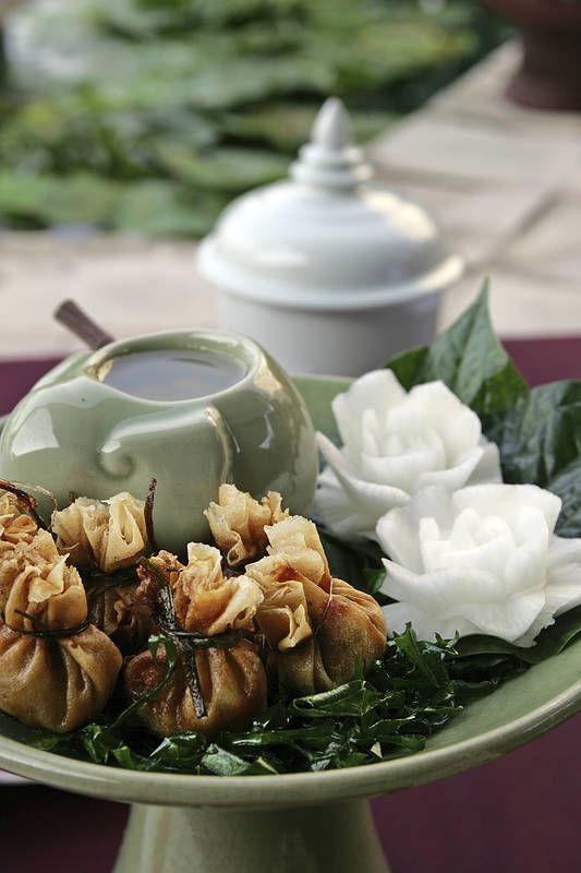 Aasian herkut, mykyt eli taikinanyytit kypsennetään keittämällä, höyryttämällä, hauduttamalla tai paistamalla. Ne sisältävät usein lihaa, kalaa, kasviksia tai makeisia. #Aasia #Aurinkomatkat