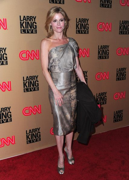 "Julie Bowen Photos: Larry King's Final CNN ""Larry King Live"" Broadcast Party - Arrivals"