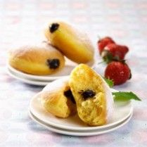 DONAT COKELAT LABU KUNING http://www.sajiansedap.com/recipe/detail/6192/donat-cokelat-labu-kuning