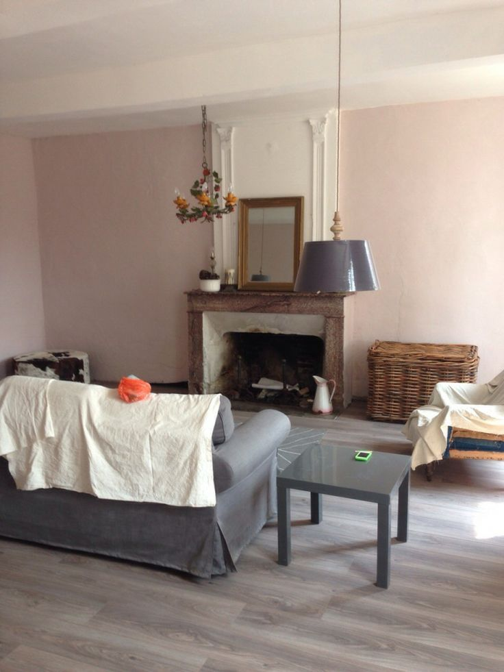 Farrow and Ball Calamine walls