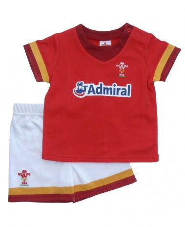 Wales WRU Rugby T-Shirt & Shorts Set - 2015/16