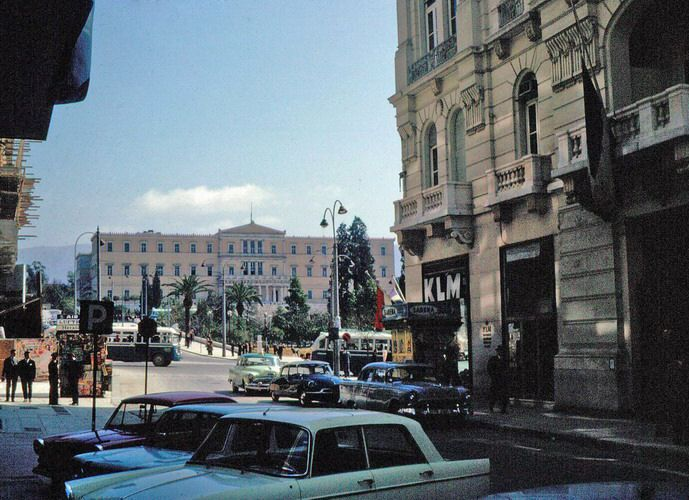 Η Αθήνα του 1960 μέσα από τις καταπληκτικές φωτογραφίες του Ματ Μπάρετ