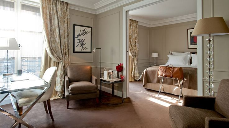 The Burgundy Hotel is a jewel of intimate luxury amidst Paris' most iconic landmarks. Guests will encounter an exceptional standard of personalised service and an atmosphere of elegant exclusivity.