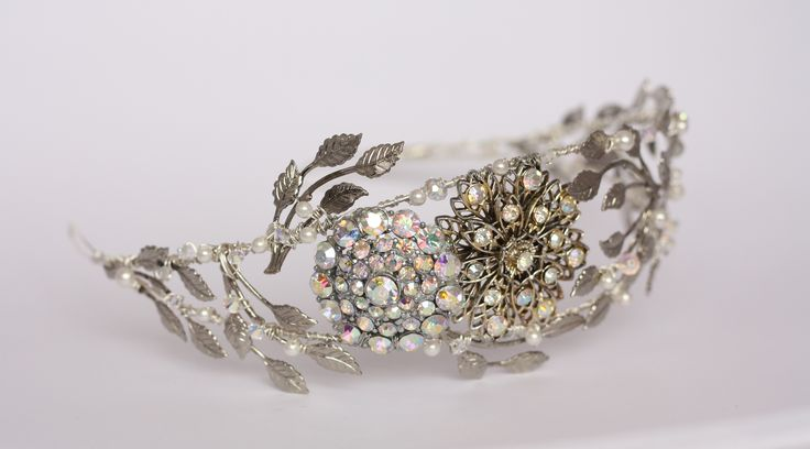 """Lousia tiara by Samantha Walden. For more Alternative Wedding inspiration, check out the No Ordinary Wedding article """"20 Quirky Alternatives to the Traditional Wedding""""  http://www.noordinarywedding.com/inspiration/20-quirky-alternatives-traditional-wedding-part-4"""