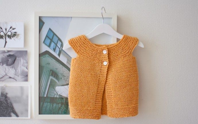 Ullstrikk - The wool knitters blog: ENKEL VEST I FLOTT FARGE / SIMPLE VEST IN THE COLOUR OF CLEMENTINE JUICE