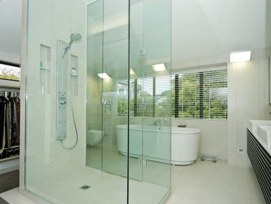 """We, """"NZ Glass"""" are placed on the top amongst the leading online store of Shower Glass in Auckland."""