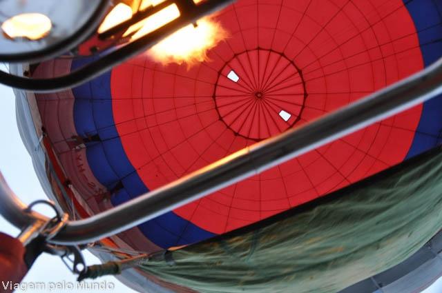 Passeio de balão em Drakensberg, África do Sul