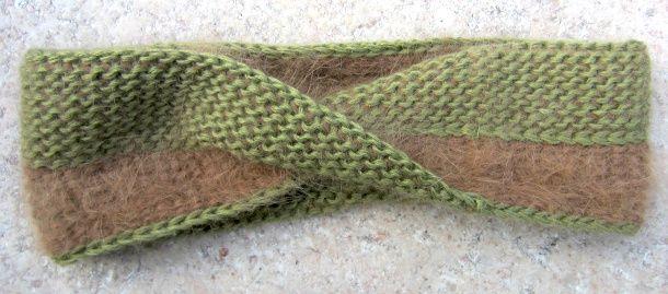 Mobius Tunisian crochet cowl