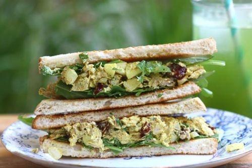 Chicken Curry Salad Sandwich | (Food) Salads | Pinterest