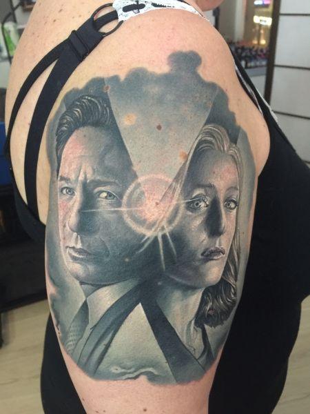 Small X Files Tattoo: 180 Best X-files Tattoos Images On Pinterest