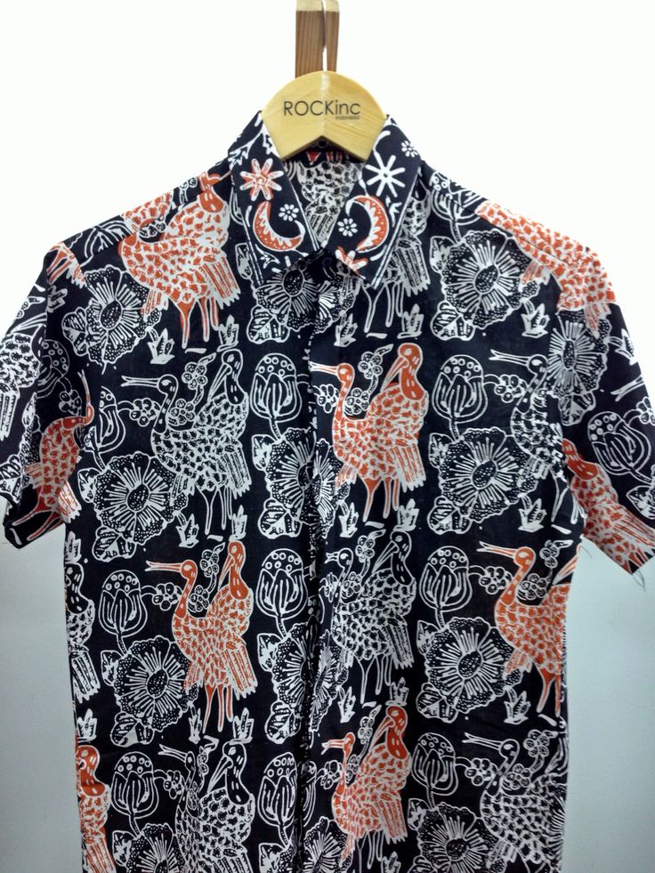 ROCKinc Man | Batik September edition Tasikmalaya batik, known for their geometric and repetitive pattern. Bright bold and monchromatic color is also their signature design. Follow our twitter @rockincstore Soon www.rockinc.net