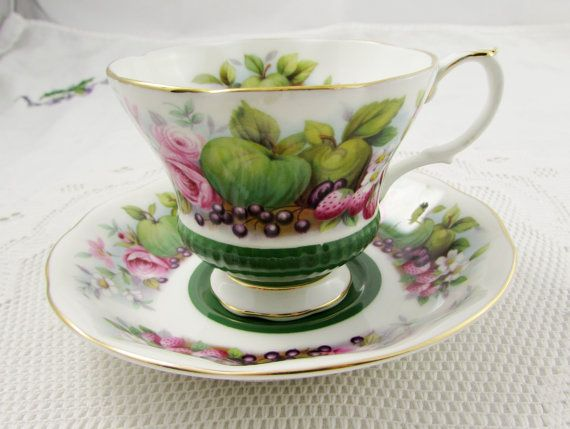 "Royal Albert Green Tea Cup and Saucer, Country Fayre Series ""Somerset"", Vintage Bone China"