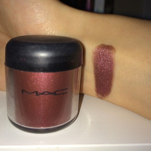 MAC Cosmetics - Heritage Rouge Beautiful MAC pigment. Only used a few times. Has been sanitized with make-up sanitation spray. Swatch is without a primer. MAC Cosmetics Makeup Eyeshadow